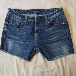 Vigoss booty denim shorts
